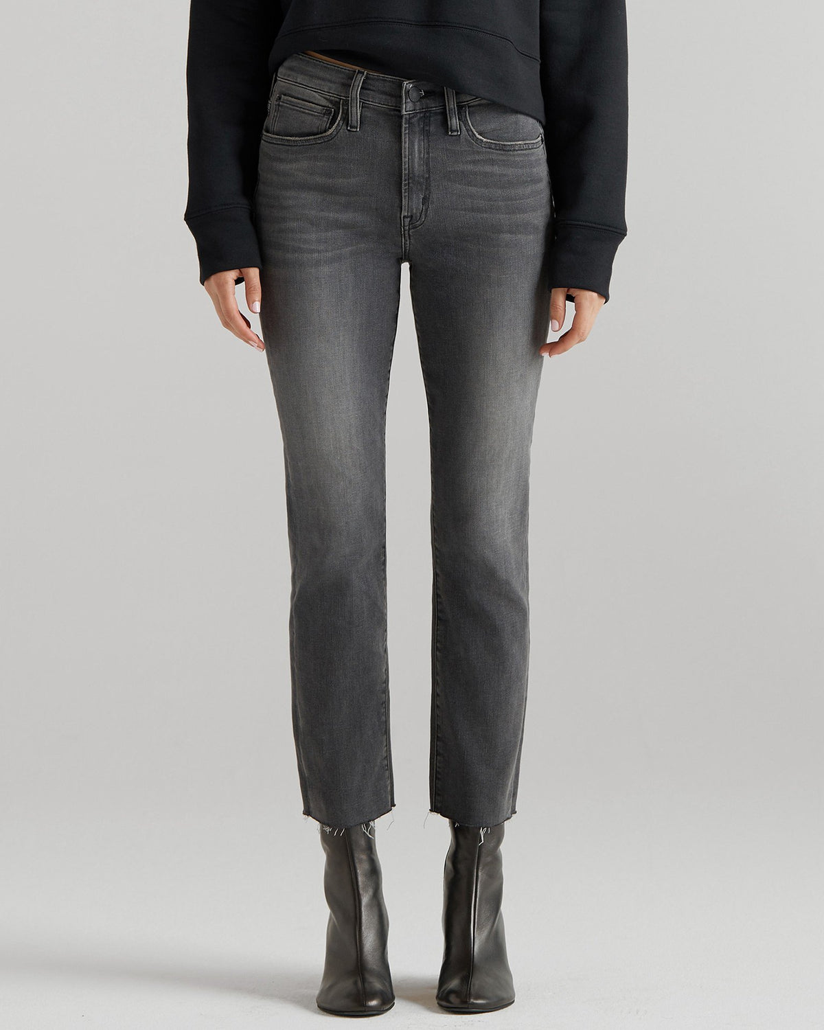 Edwin Denim Washed Black / 24 Bree in Washed Black