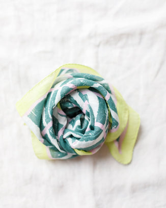 Épice Accessories Broken Stripes Bandana in Emerald