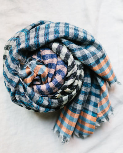 Épice Accessories O/S / Black Check 4 Scarf in Black