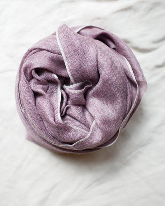 Épice Accessories Mauve Uni 2 Scarf in Mauve