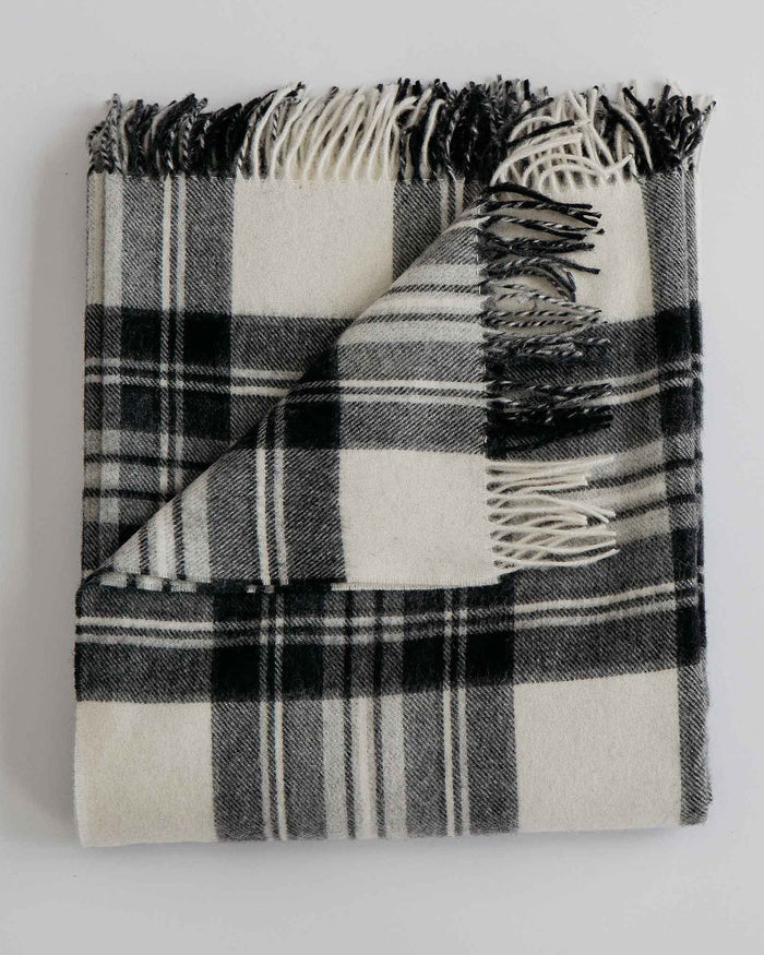 Evangeline Home Pearl/Coal Plaid / O/S Merino Lambswool Throw