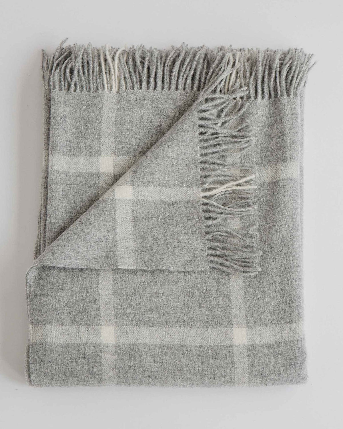 Evangeline Home Windowpane Fog / O/S Merino Lambswool Throw
