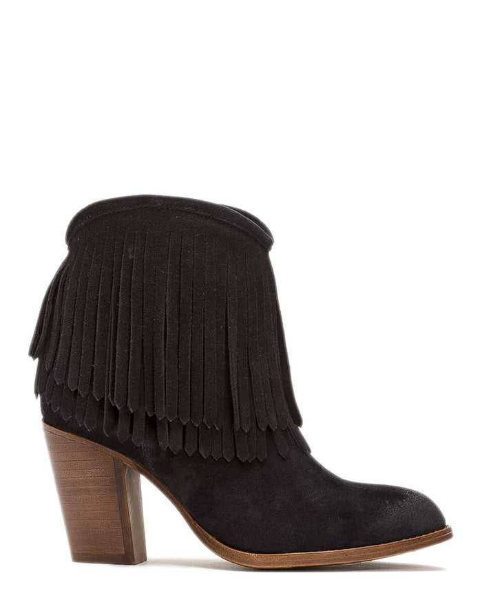 Frye Shoes Black / 6 Ilana Fringe Short in Black