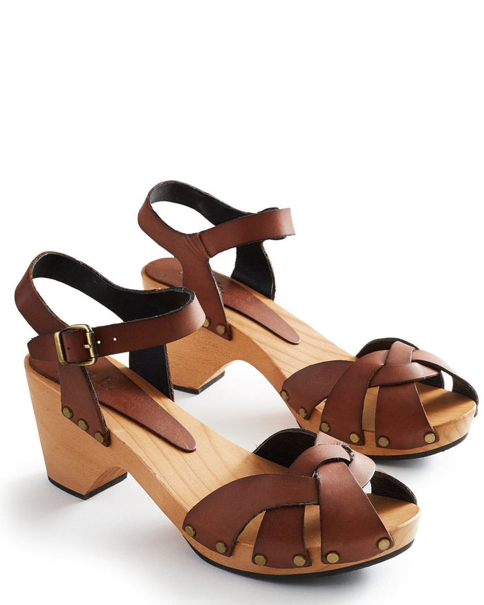 Lisa B. Shoes Tan / 36 Huarache Leather Clogs