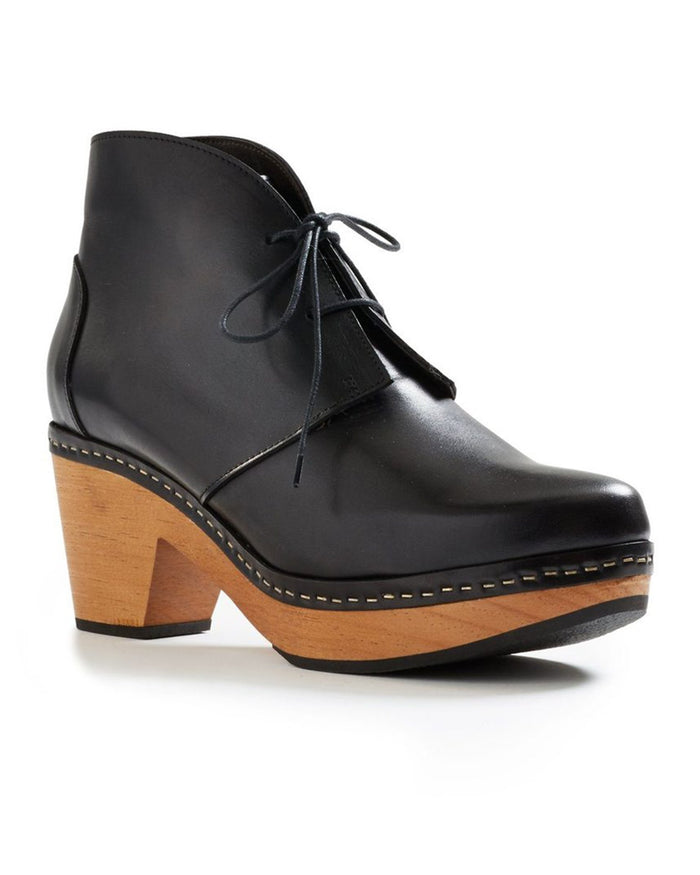 Lisa B. Shoes Black / 36 Smooth Toe Leather Clog Bootie