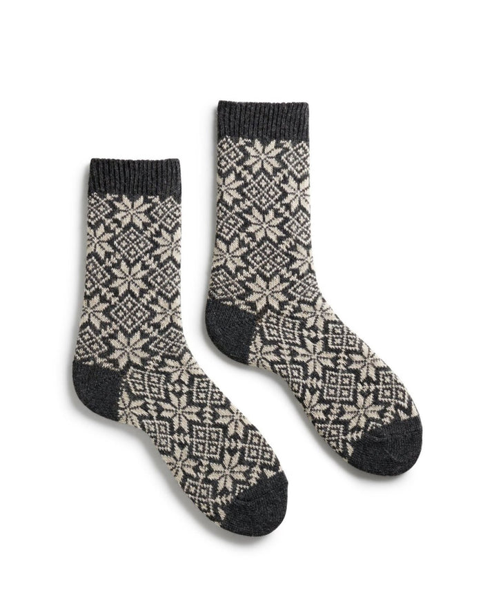 Lisa B. Accessories Charcoal / O/S Snowflake Socks