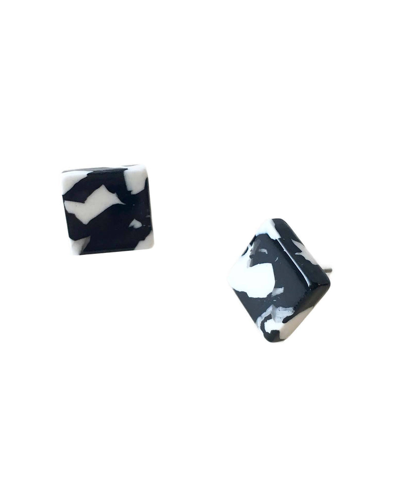 Machete Jewlery Noir Tortoise / O/S Block Earrings