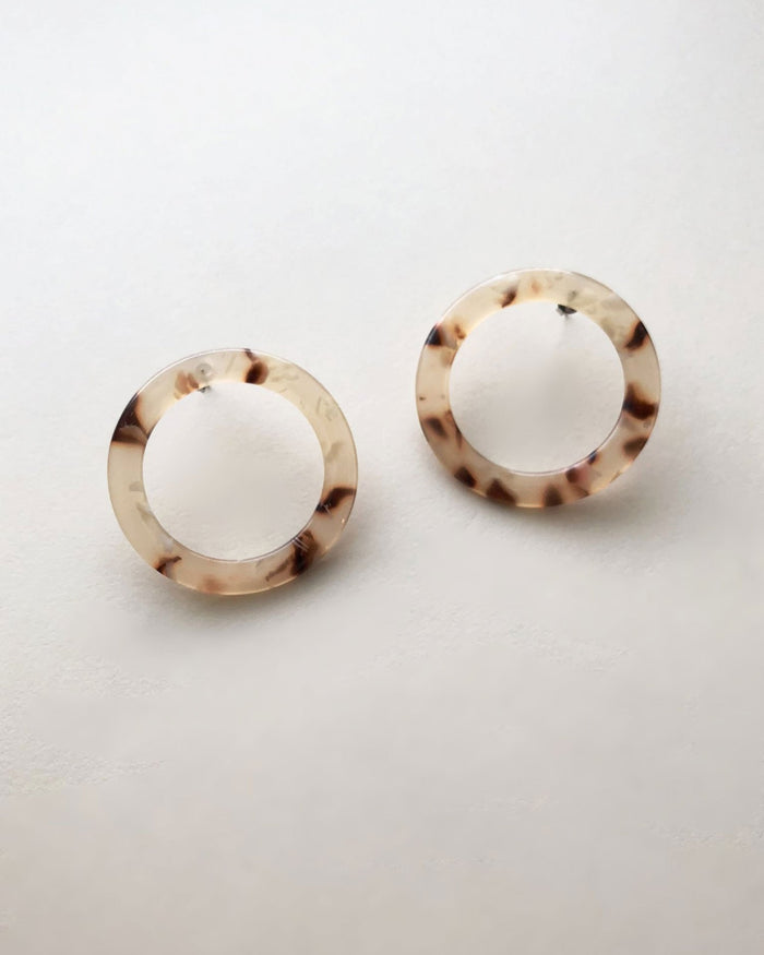 Machete Jewlery Blush Tortoise / O/S Isla Side Hoops