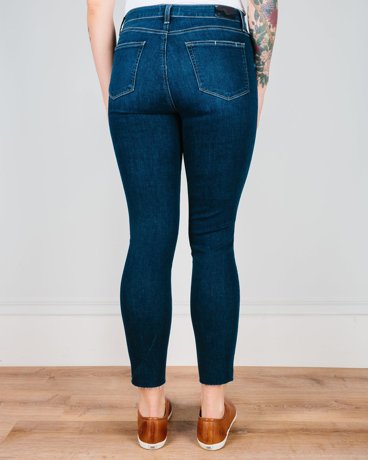 Paige Premium Denim Denim Greece / 24 Hoxton Ankle Skinny in Greece