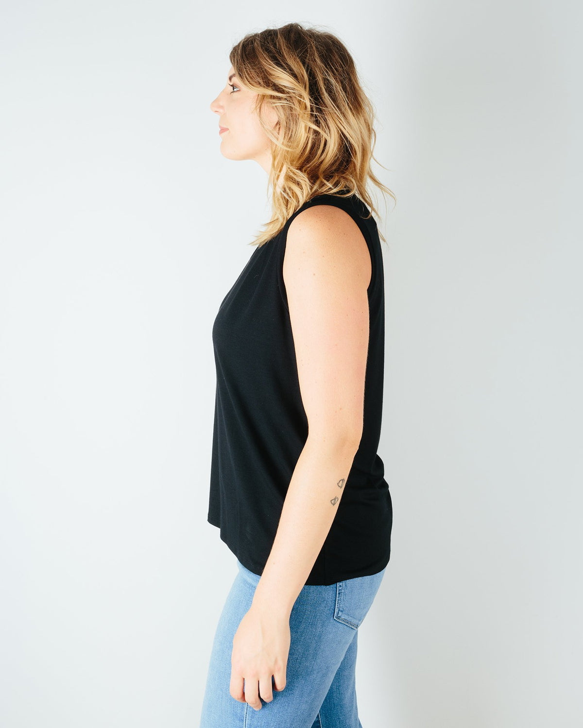 Sarah Liller San Francisco Clothing Chloe Tee in Black
