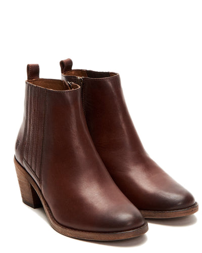 The Frye Company Shoes Cognac / 6 Alton Chelsea