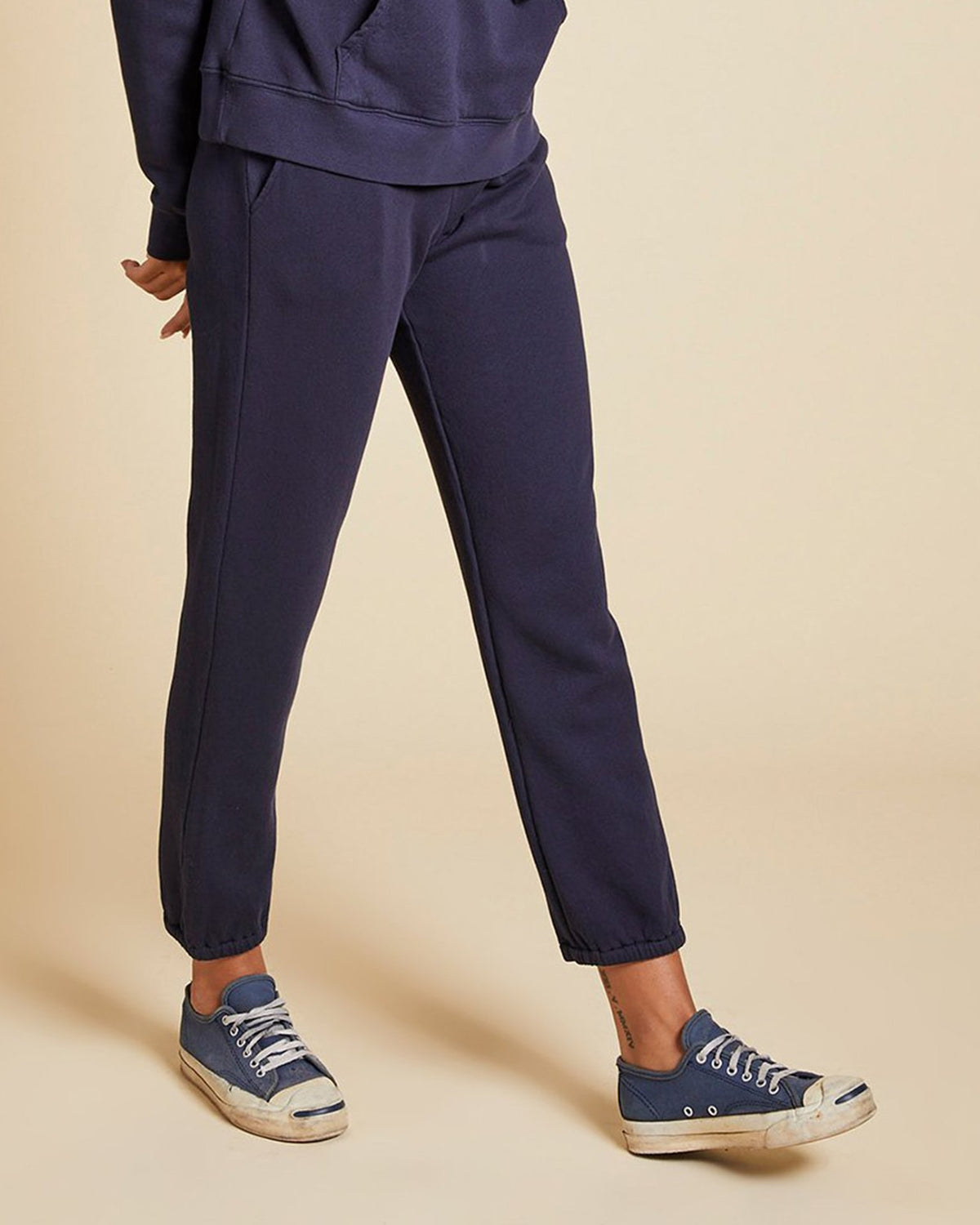 Velvet by Graham & Spencer Clothing Zuma Sweatpants in Navy