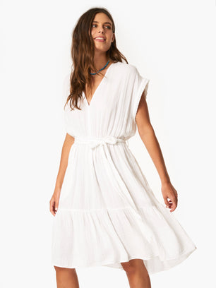 XiRENA Clothing Maren Dress in White