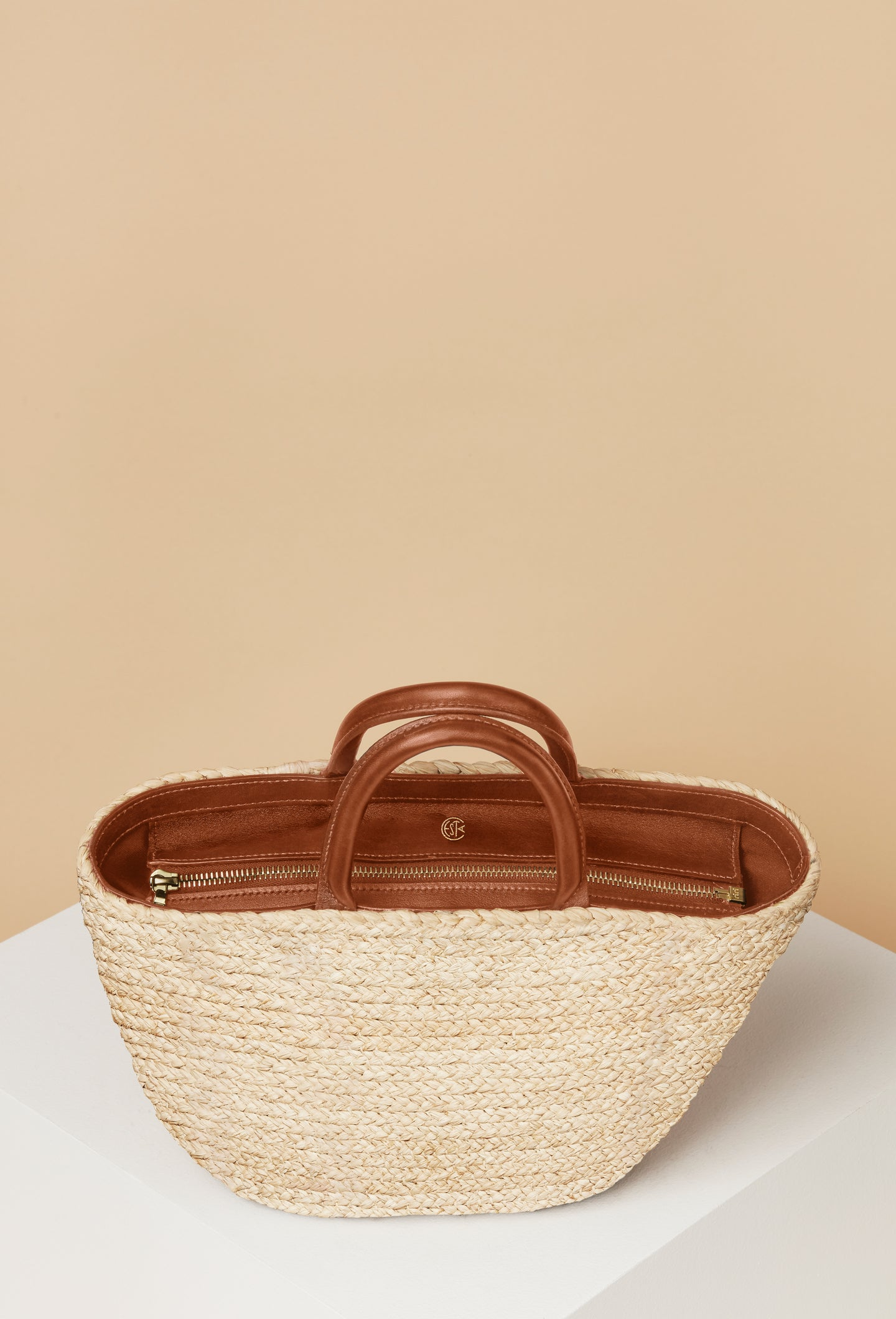 Top Handle Raffia Tote