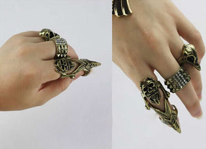 Retro Gothic Bird Beak Knuckle Finger Skull Ring