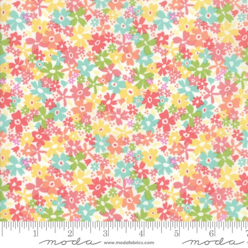 Sunnyside Up Fluffy Floral by Moda Fabrics 29052 11