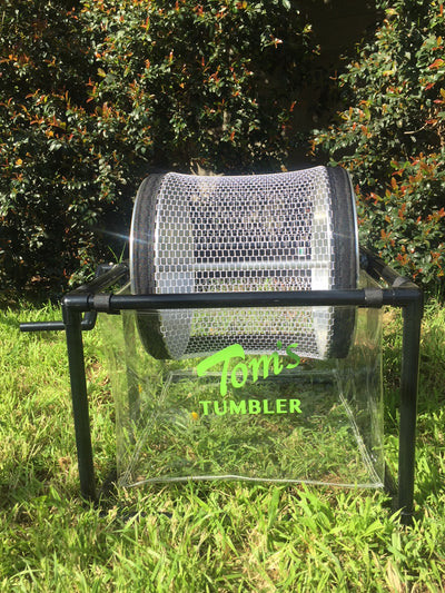Tom's Tumbler™ TTT 1600 Hand Crank Table Top Dry Trimmer - TomsTumbleTrimmer.com