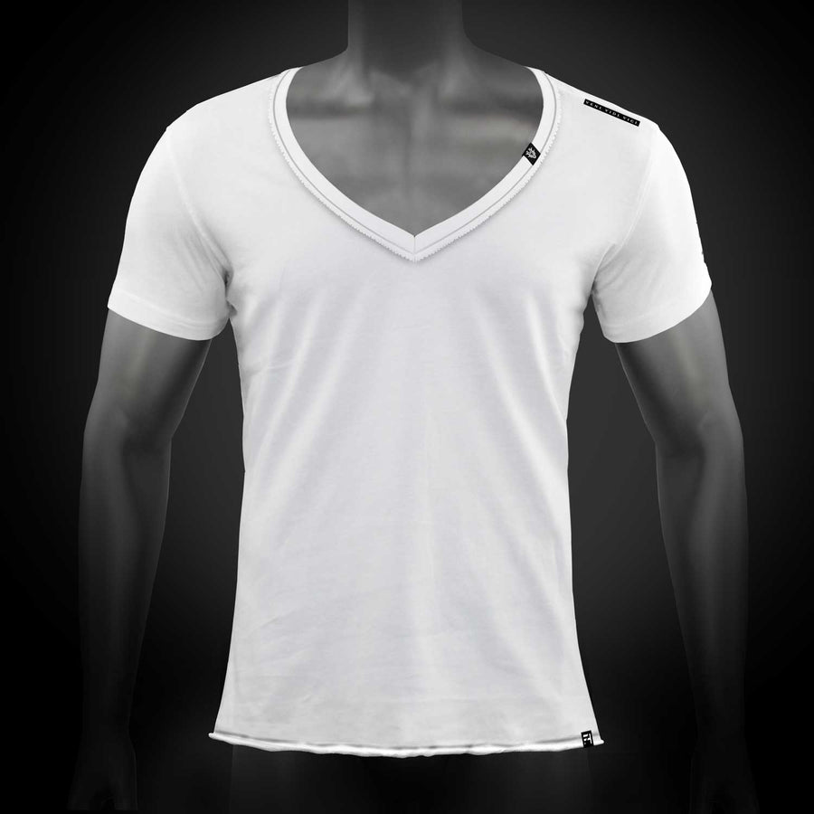 VVV Men's T-Shirt V-Neck inside-out seam
