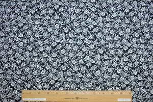 Ann Kle!n Small Floral Cotton Poplin - Black/White