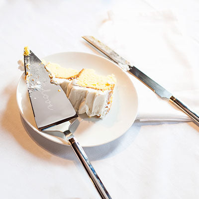 Golden Love Cake Serving Set
