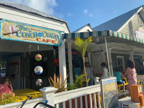 DON SUP AT THE CONCH AND THE CUBAN
