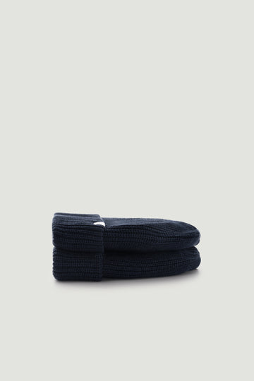 THE  NAVY WOOL BEANIE HAT