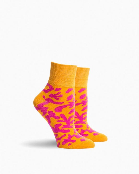 Richer Poorer Coral Flage Socks