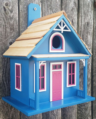 Santa Cruz Cottage Birdhouse? - World of Birdhouses