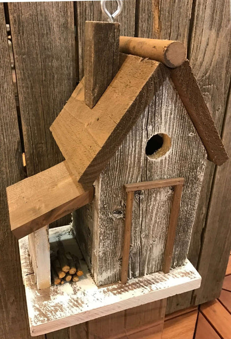 Warwick Woodcutters Cottage - World of Birdhouses