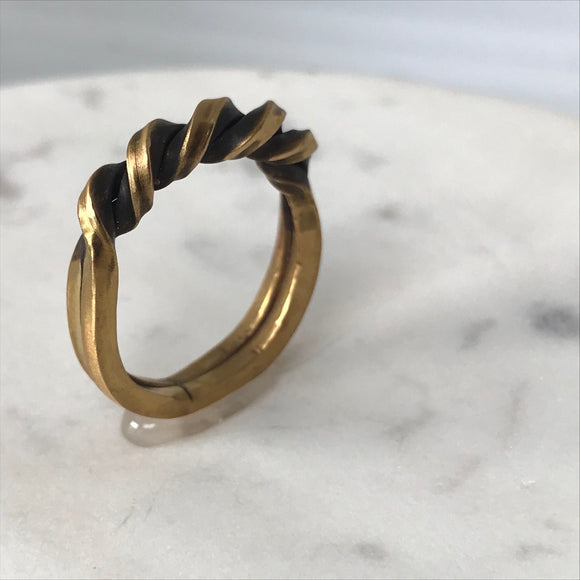 Brass double twist ring - Size 7
