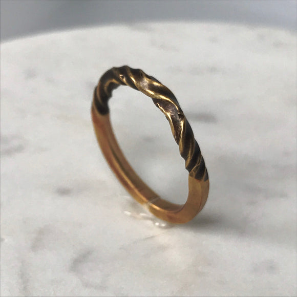 Brass twist ring - Size 6