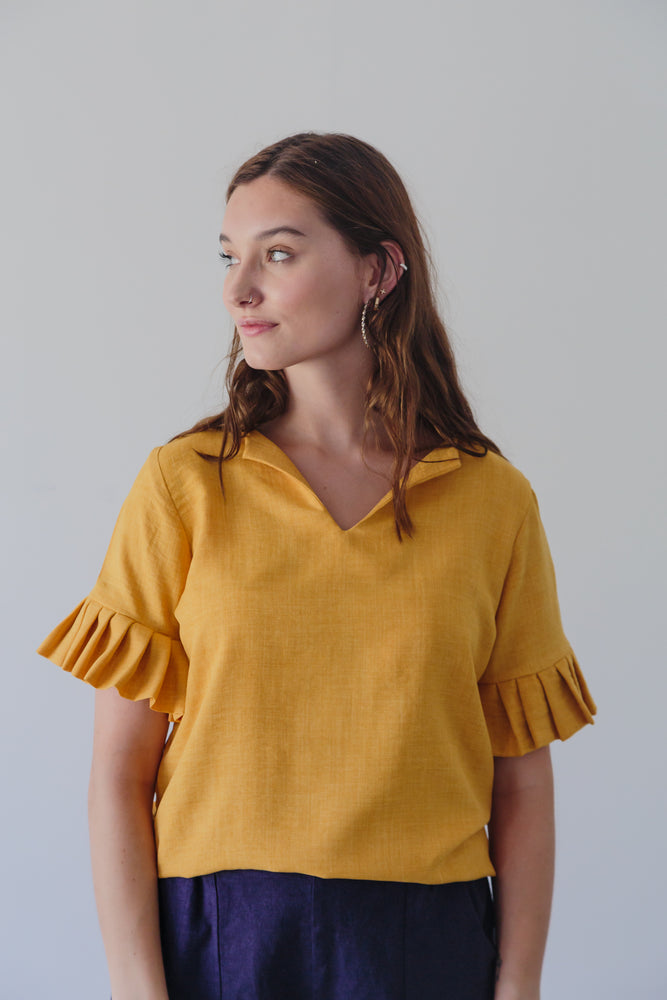 AMARILLA TOP V-NECK YELLOW