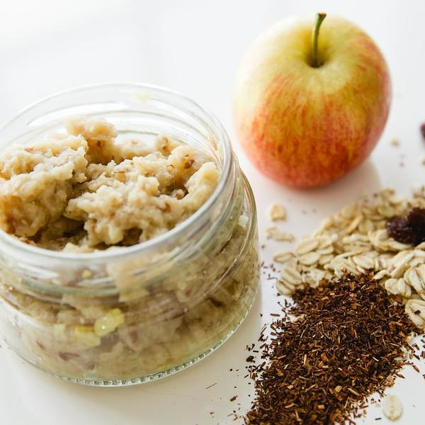Apple, Rooibos & Raisin Oats