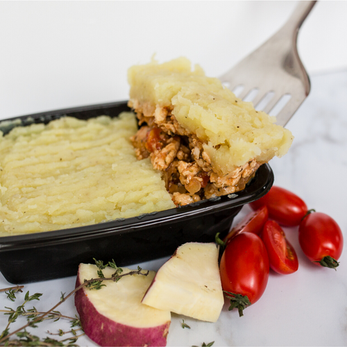 Chicken cottage pie with buttery sweet potato mash 300g