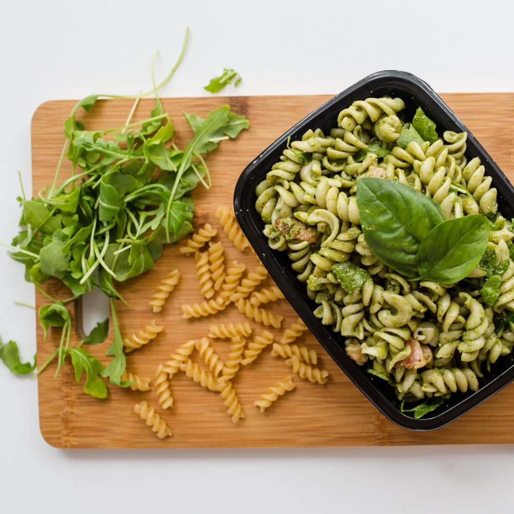 Fresh basil pesto pasta with bacon 300g