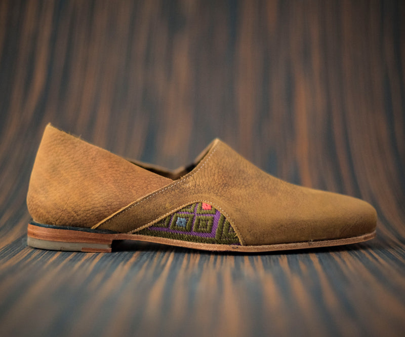 Brown leather men's slippers with purple and green textile - TOCO MADERA - Handcraft shoe from Mexico - Artisan shoe