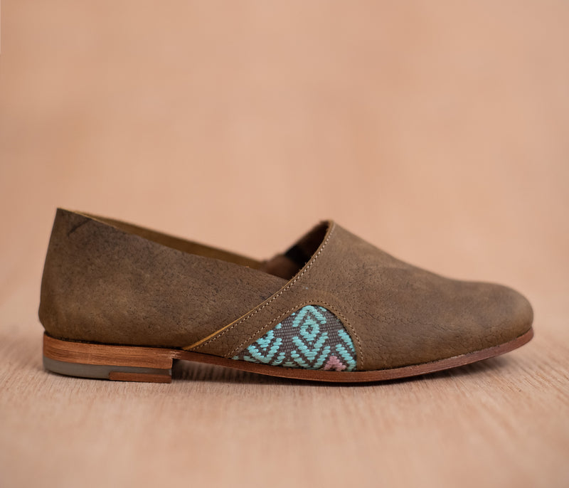 Women's brown leather slippers with sky and gray textile - TOCO MADERA - Handcraft shoe from Mexico - Handmade shoe