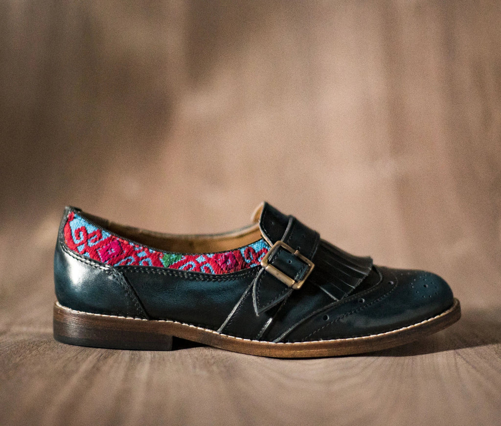 CHIQUEADOS / blue leather and Blue with Red textile - TOCO MADERA - Handcraft shoe from Mexico - Handmade shoe
