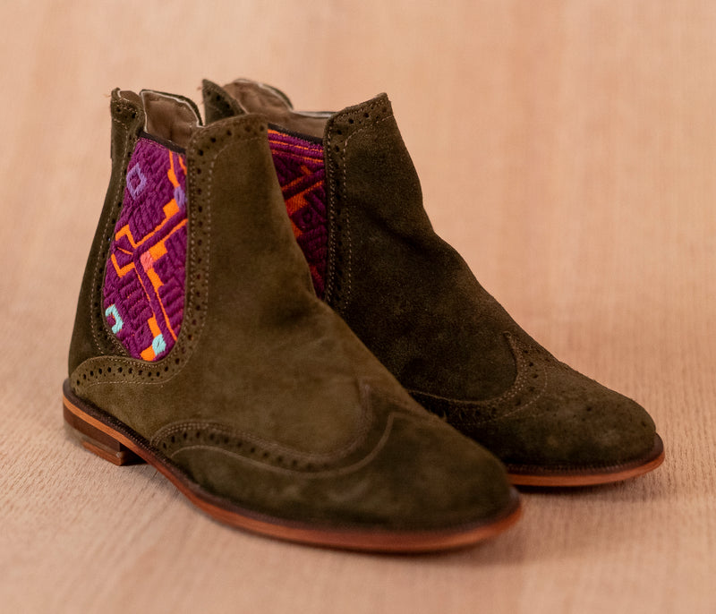 Green leather high shears with purple textile - TOCO MADERA - Handcraft shoe from Mexico - Handmade shoe