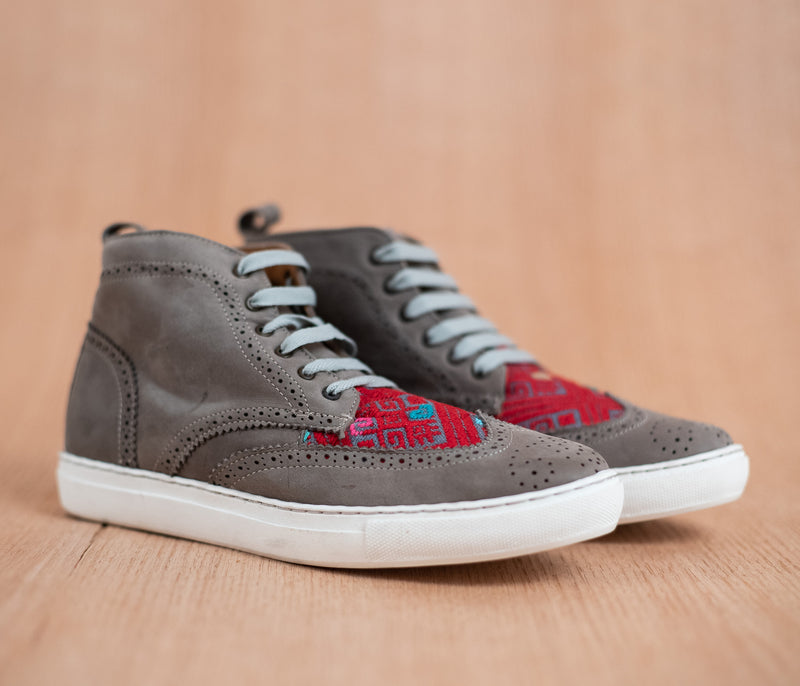 Gray leather box with Red textile - TOCO MADERA - Handcraft shoe from Mexico - Handmade shoe