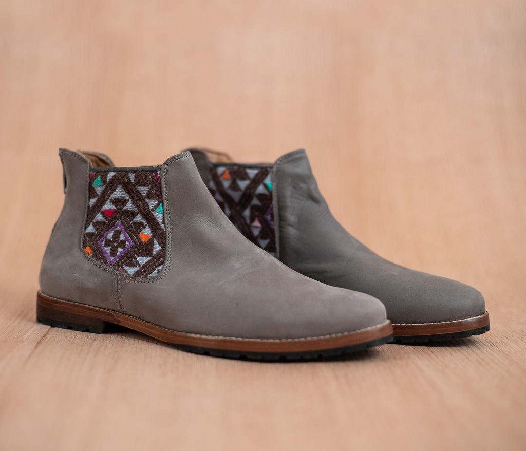 Gray leather man chopping machines with Brown and Gray textile - TOCO MADERA - Handcraft shoe from Mexico - Handmade shoe