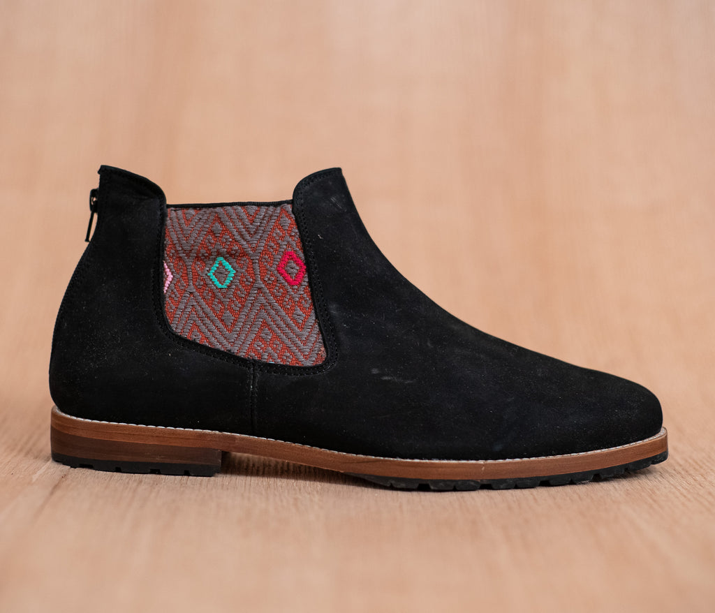 Black leather threshing machines with Orange and Gray textile - TOCO MADERA - Handcraft shoe from Mexico - Handmade shoe