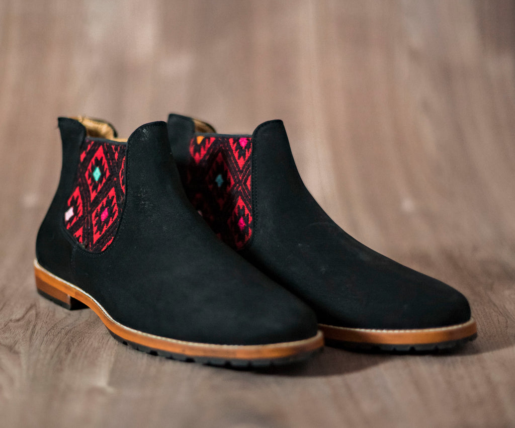 Black leather man thunders with black and red textile - TOCO MADERA - Handcraft shoe from Mexico - Handmade shoe