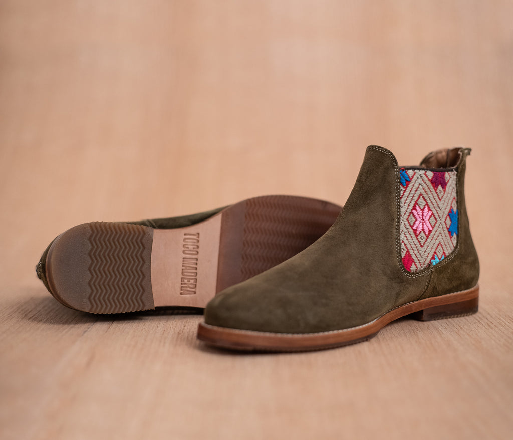 Green leather man chopping machines with Pink and Gray textile - TOCO MADERA - Handcraft shoe from Mexico - Handmade shoe