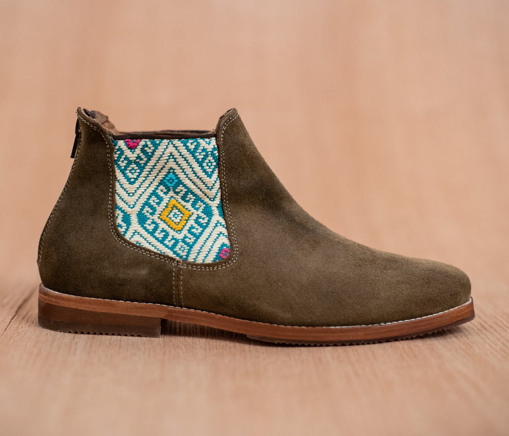 Green leather man chopping machines with turquoise and cream textile - TOCO MADERA - Handcraft shoe from Mexico - Handmade shoe