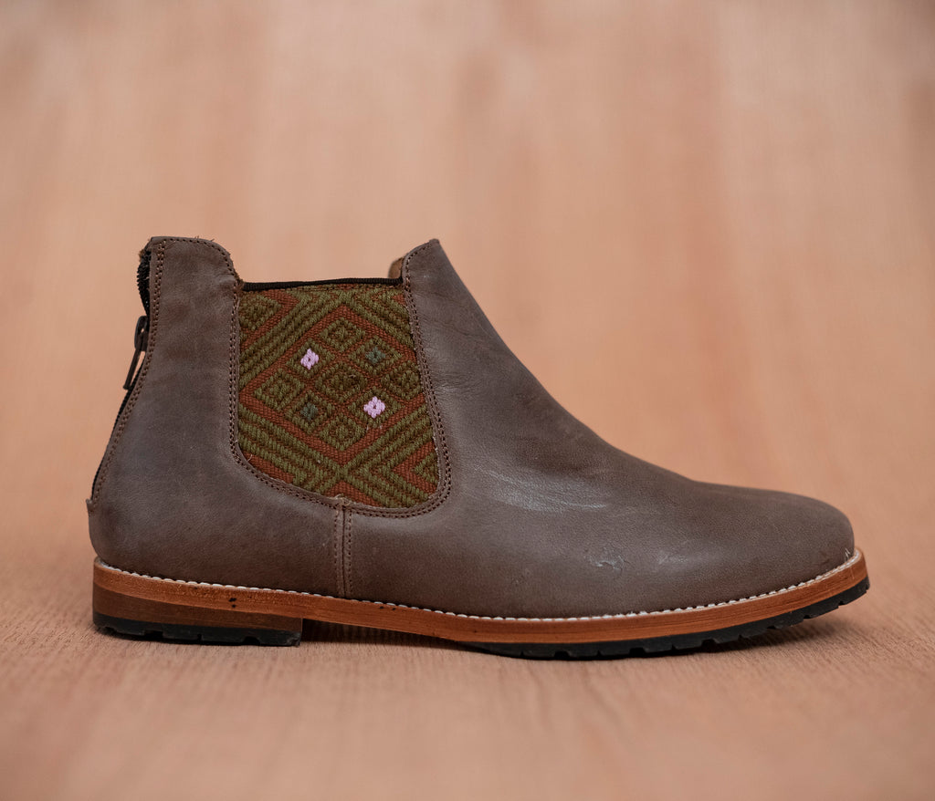 Brown leather man thunders with brown and brown textile - TOCO MADERA - Handcraft shoe from Mexico - Handmade shoe