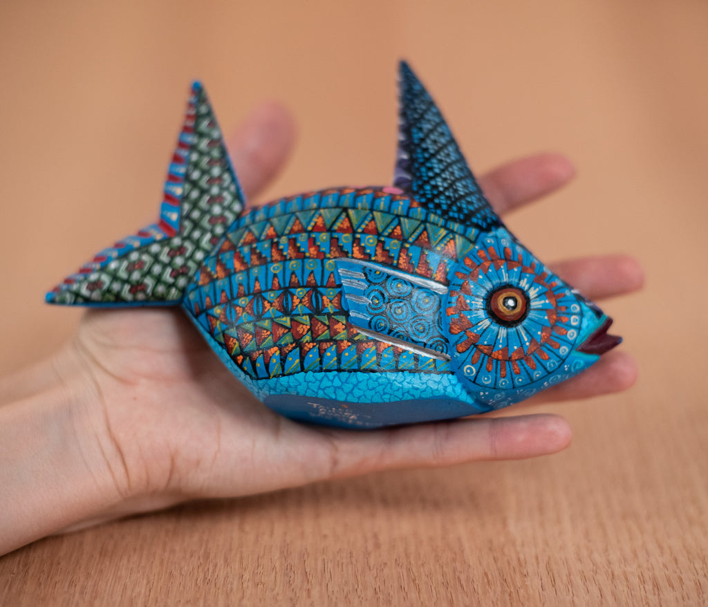 Wooden Alebrije Fish - TOCO MADERA - Handcraft shoe from Mexico - Handmade shoe