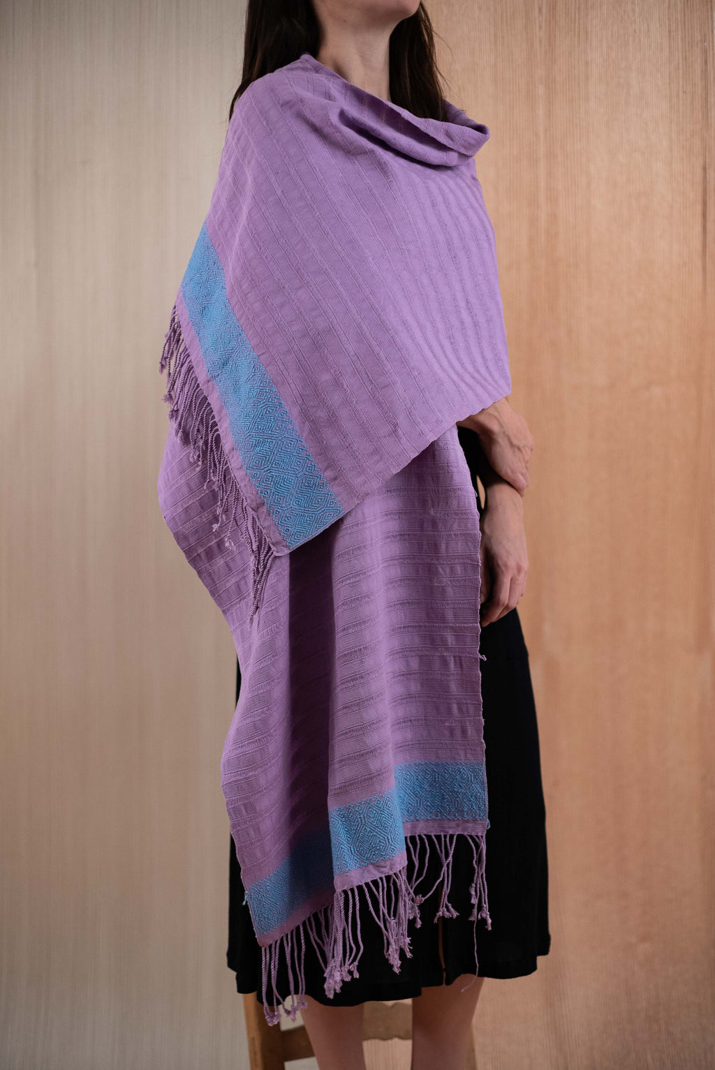 Scarf / poncho with purple Chiapas loom with blue details - TOCO MADERA - Handcraft shoe from Mexico - Handmade shoe