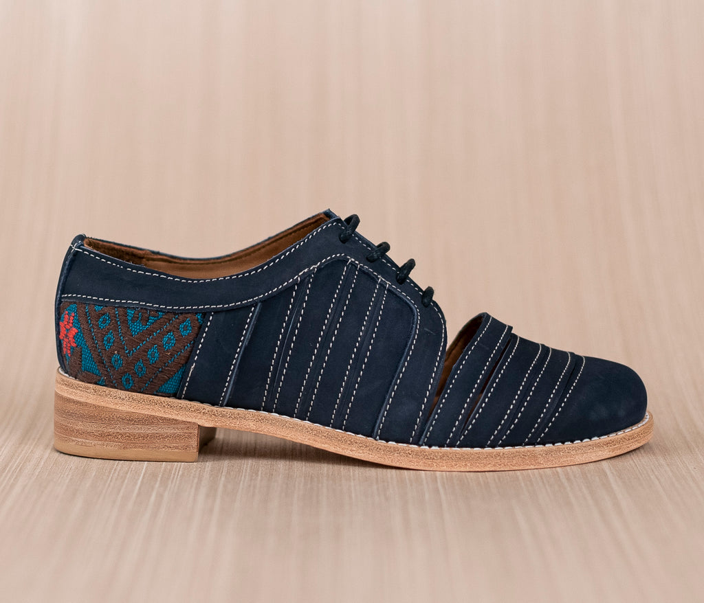 Blue leather chachareros with blue and brown textile - TOCO MADERA - Handcraft shoe from Mexico - Handmade shoe