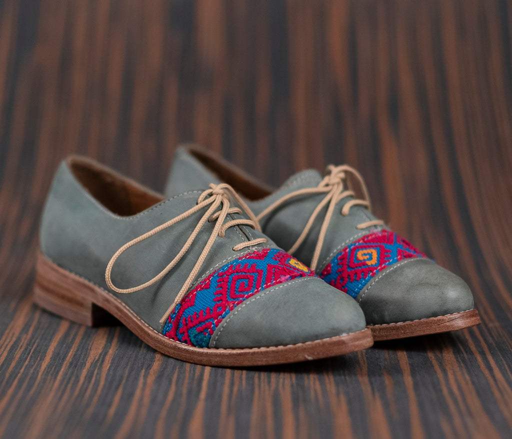Blue leather upholstery with Blue with Pink textile - TOCO MADERA - Handcraft shoe from Mexico - Handmade shoe